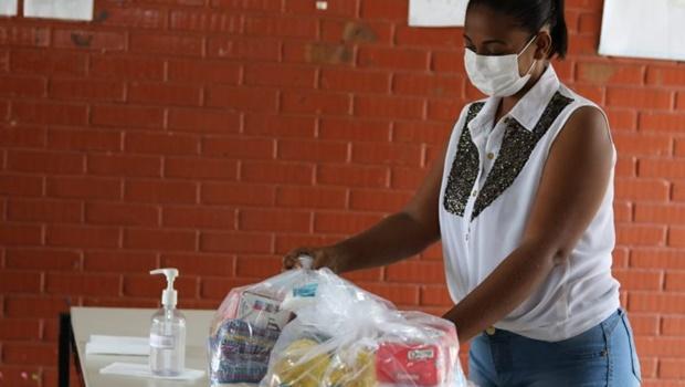 Prefeitura de Goiânia inicia quarta remessa de distribuição de kits de merenda escolar
