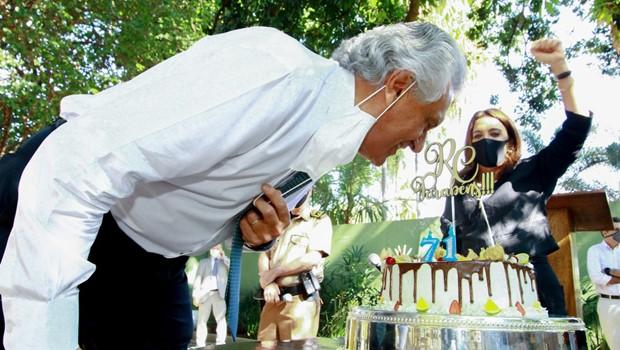 Governador Ronaldo Caiado completa 71 anos e recebe série de homenagens