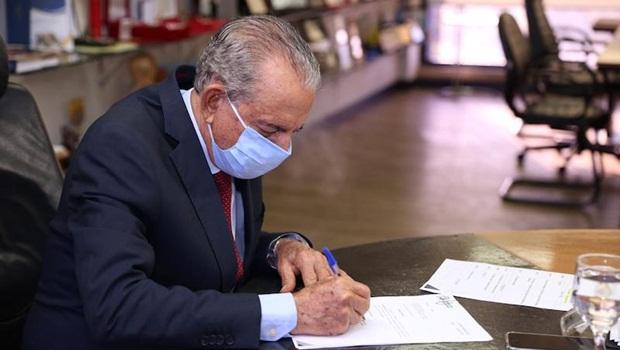 Decisão de Iris pela aposentadoria política embaralha jogo eleitoral em Goiás