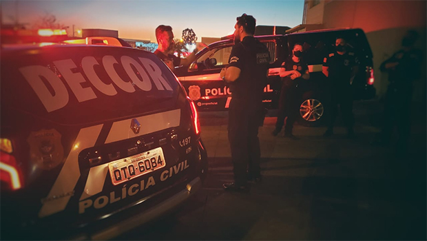 Polícia Civil cumpre 25 mandados de busca e apreensão em operação que investiga irregularidades no Detran