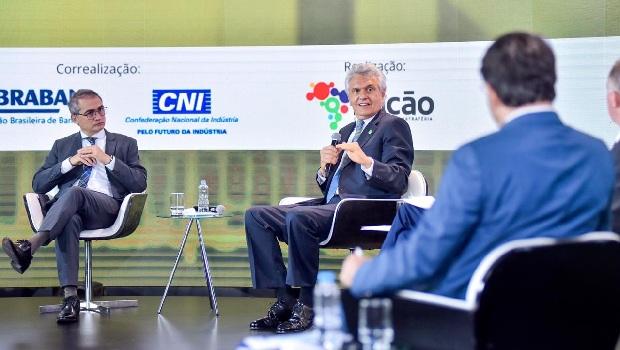 """Em debate sobre reforma tributária, Caiado ataca """"burocracia infernal que espanta empresário"""""""
