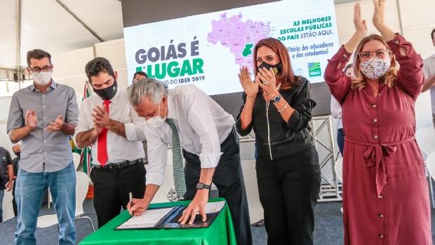 Governo de Goiás libera verba para reformas em escolas e construção de quadras cobertas