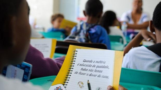 Pais e especialistas reagem ao novo decreto que trata da educação inclusiva