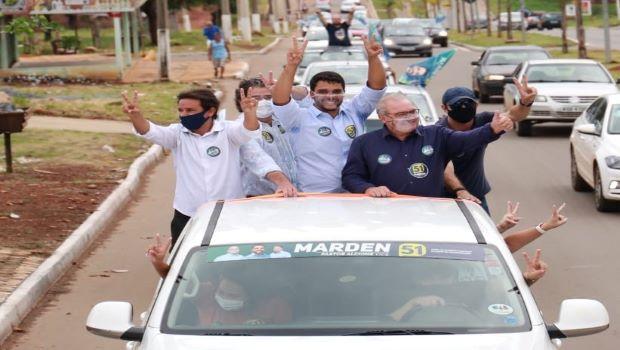 Jânio Darrot pede votos para Marden Júnior em carreata na região Leste de Trindade que reúne milhares de veículos