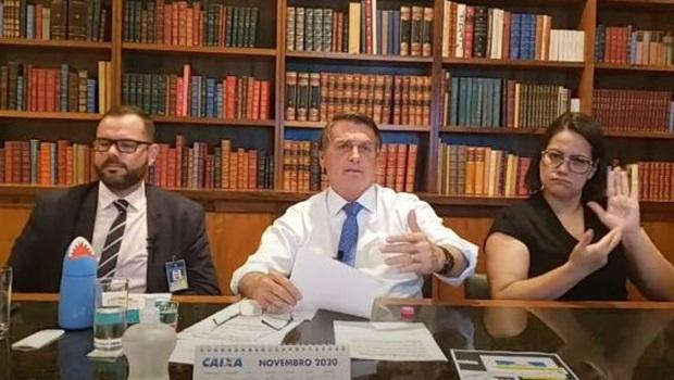 Bolsonaro alfineta Dória ao comentar decisão da Anvisa de suspender estudos sobre Coronavac