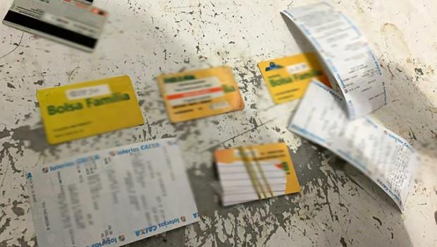 Polícia Civil recupera 134 cartões de idosos e indígenas durante operação em Tocantínia