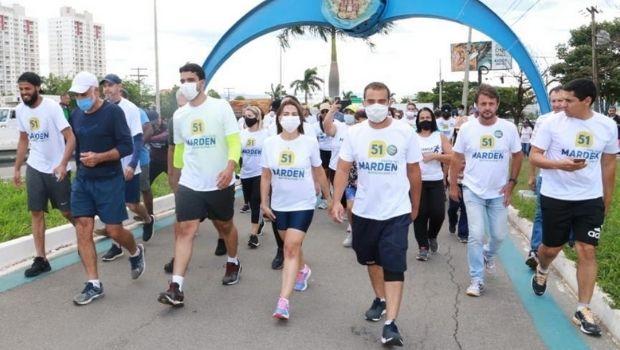 Marden Júnior faz caminhada a pé de Goiânia a Trindade em agradecimento pela vitória nas urnas