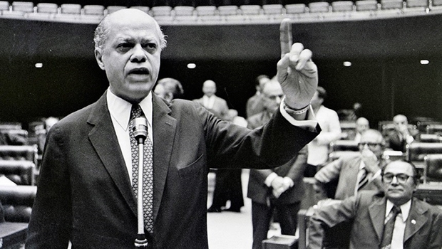 Nelson Carneiro, um obstinado