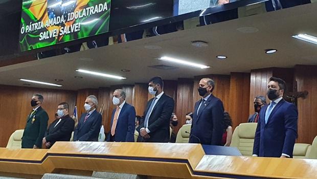 Câmara de Goiânia presta homenagem a Iris Rezende