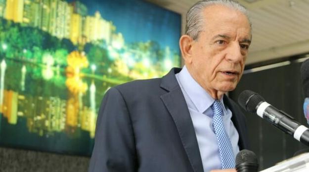 Iris Rezende deixa a política sob críticas e elogios do Legislativo goianiense