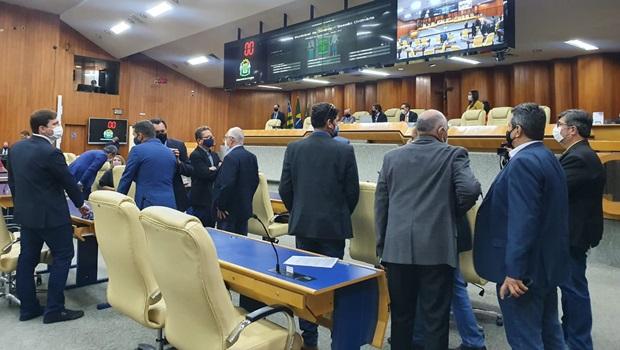 Câmara de Goiânia aprova reajuste na alíquota da previdência