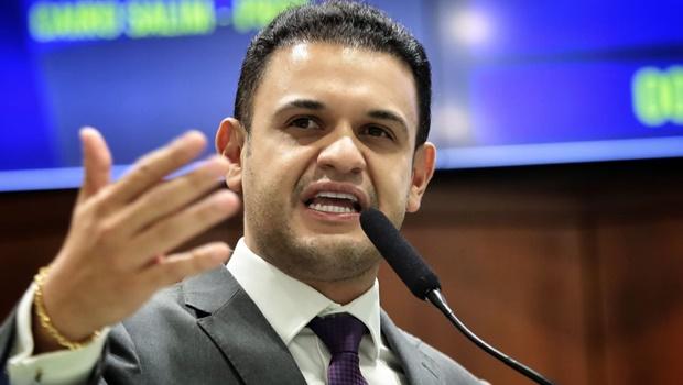 Deputado Cairo Salim propõe inclusão de exame no Teste do Pezinho