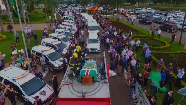 Guarda Municipal presta homenagem a Maguito Vilela