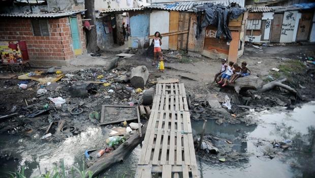 Pobreza brasileira se torna terrível