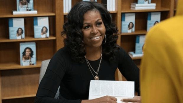 """""""Teria sido diferente se os invasores do Capitólio fossem negros? Todos sabemos a resposta"""", diz Michelle Obama"""