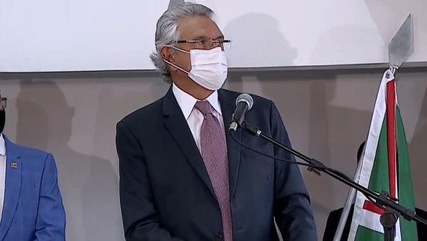 Goiás recebe 140 mil doses da vacina de Oxford no domingo, 24