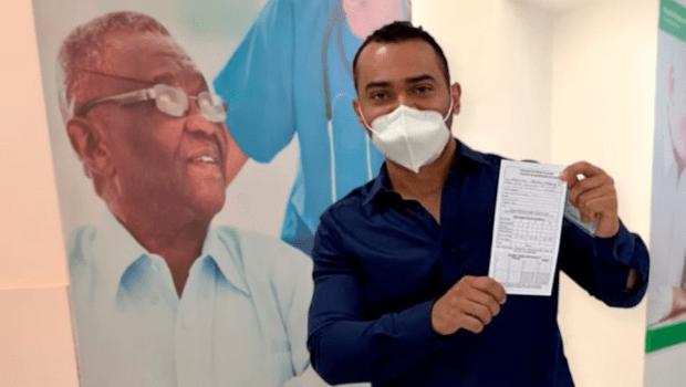 Formosa começa vacinação contra Covid-19 pelo diretor do Hospital Regional
