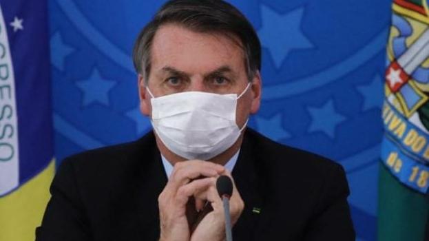 Pesquisa aponta que 29,4% dos brasileiros atribuem cenário crítico da pandemia a Bolsonaro
