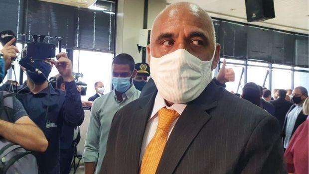 Goiânia e Aparecida devem fechar comércio para conter contaminação de Covid-19