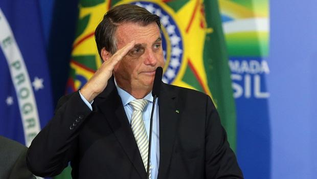 Bolsonaro diz que novo auxílio emergencial pode variar de R$ 150 a R$ 300