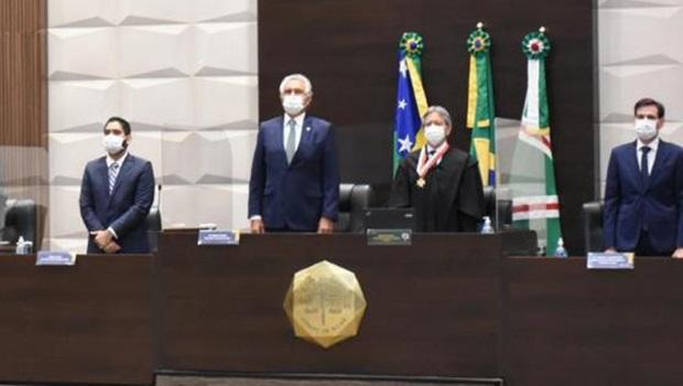 Presidente do TJGO toma posse em cerimônia virtual