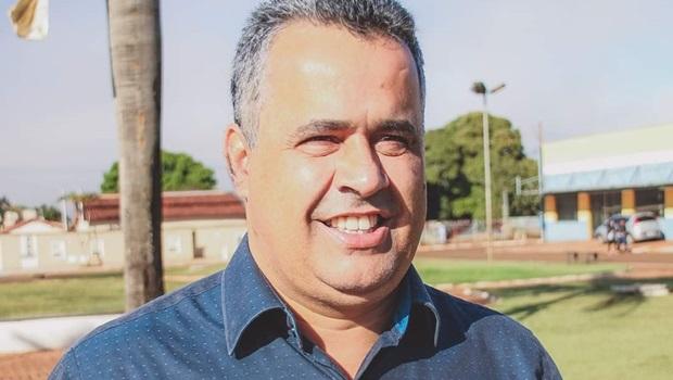Justiça determina bloqueio de bens de prefeito de Castelândia por contratação em troca de apoio político