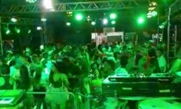 Boate é interditada por realizar festa com aglomeração durante período de carnaval em Mineiros