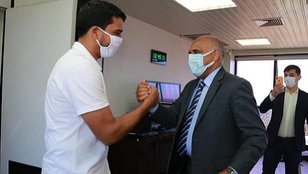 Prefeito de Trindade busca se unir com Goiânia e Aparecida para compra de vacinas