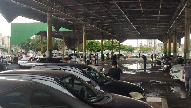Motoristas de aplicativo protestam contra alta do combustível em Goiânia e Senador Canedo