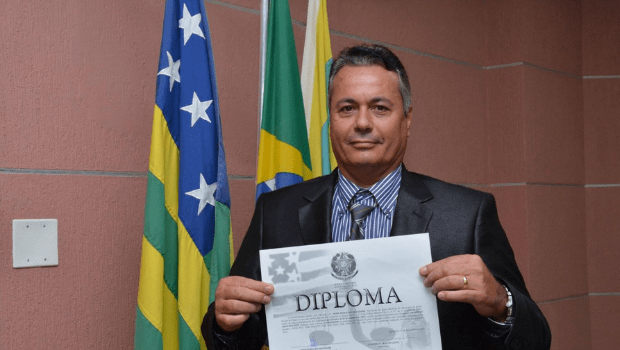 Após saída de Darrot, prefeito de Iporá deixa PSDB