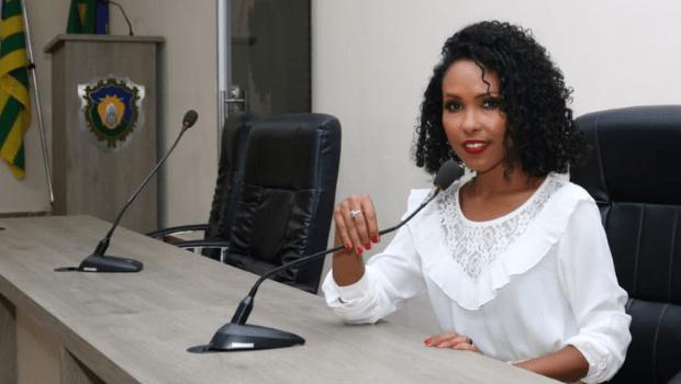 Conheça Elenízia da Mata, a primeira mulher negra eleita vereadora na cidade de Goiás
