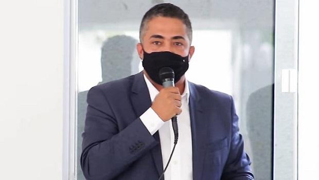Com cinco dias para conseguir leito de UTI, prefeito de Padre Bernardo adere ao decreto estadual e adota ações contra a Covid-19