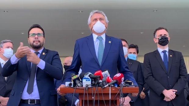Após reunião com Bolsonaro, Caiado confirma criação de comitê de enfrentamento à Covid-19 no Ministério da Saúde