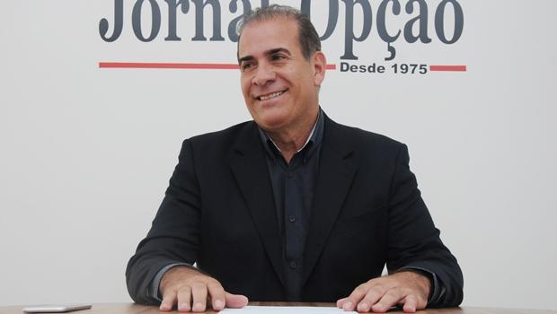 Prefeito de Goianira se filia ao DEM e vai disputar a presidência da AGM