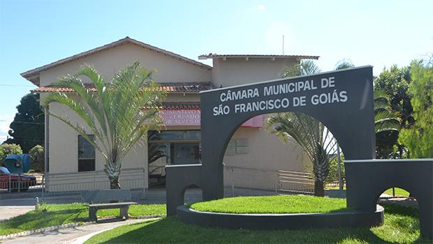 Câmara de São Francisco de Goiás instaura CPI para apurar gastos durante pandemia