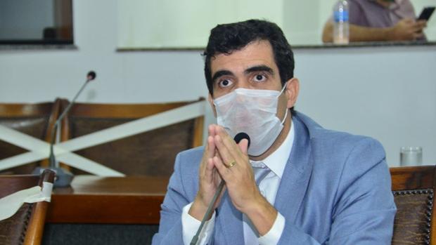 Deputado Ricardo Ayres destina R$ 400 mil para custeio de leitos em Porto Nacional