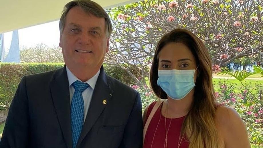 Bolsonaro deve bancar Flávia Arruda contra Ibaneis Rocha, que está desgastado
