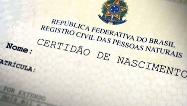 Justiça permite alteração de registro de criança com nome de anticoncepcional
