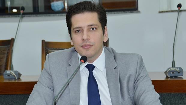 Deputado Olyntho Neto comemora autorização do processo seletivo para professores do novo curso de Medicina em Augustinópolis