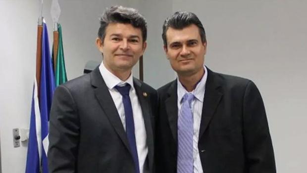 """""""Esses caras vêm sabotando a vacina desde o início"""", diz assessor sobre deputado e Bolsonaro dias antes de morrer por Covid-19"""