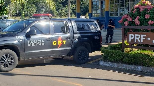 Força tarefa prende suspeito de feminicídio na BR-153, em Rianápolis