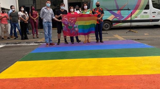 Em Goiânia, movimentos sociais e entidades realizam atos para celebrar o Dia Internacional de Combate à Homofobia