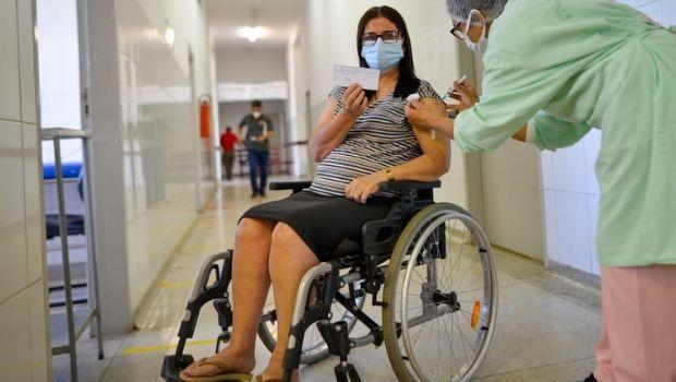 Dia D: pessoas com comorbidades a partir de 18 anos serão vacinadas contra Covid a partir deste sábado, 15, em Goiânia