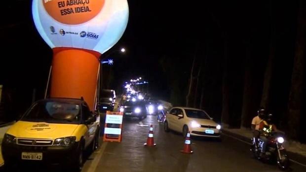 Detran Goiás retoma blitzes da Balada Responsável, podendo autuar irregularidades correspondentes a documentação e estado do veículo