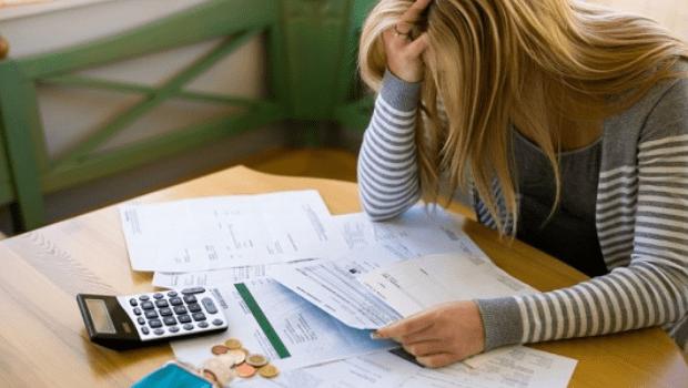 Educação financeira tem de ser para todos, mesmo os que ganham menos, dizem especialistas