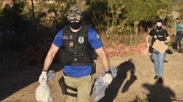 Policiais encontram objetos que podem ter sido usados por Lázaro Barbosa