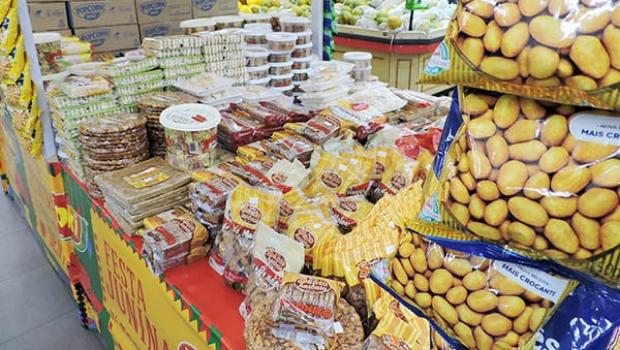 Procon alerta para variações de até 276% no preço de alimentos de festas juninas