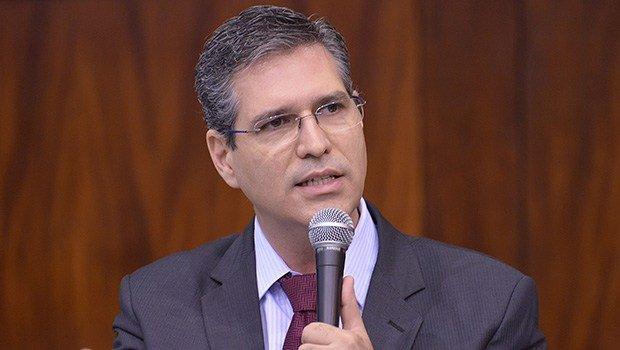 Francisco Jr afirma que presença de Meirelles será determinante para alianças do PSD