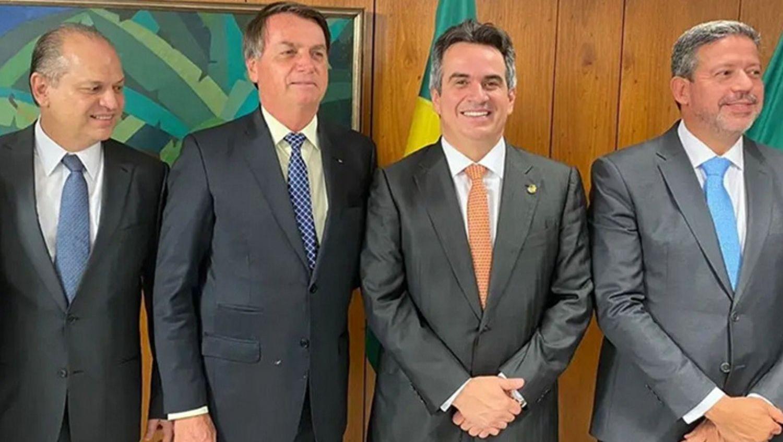 Após problemas em voo, reunião entre Ciro Nogueira e Bolsonaro fica para terça-feira, 27