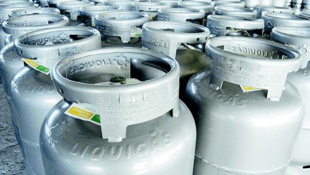 Gás de cozinha sofre novo aumento de 5,9%